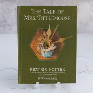 The Tale of Mrs. Tittlemouse book clock.