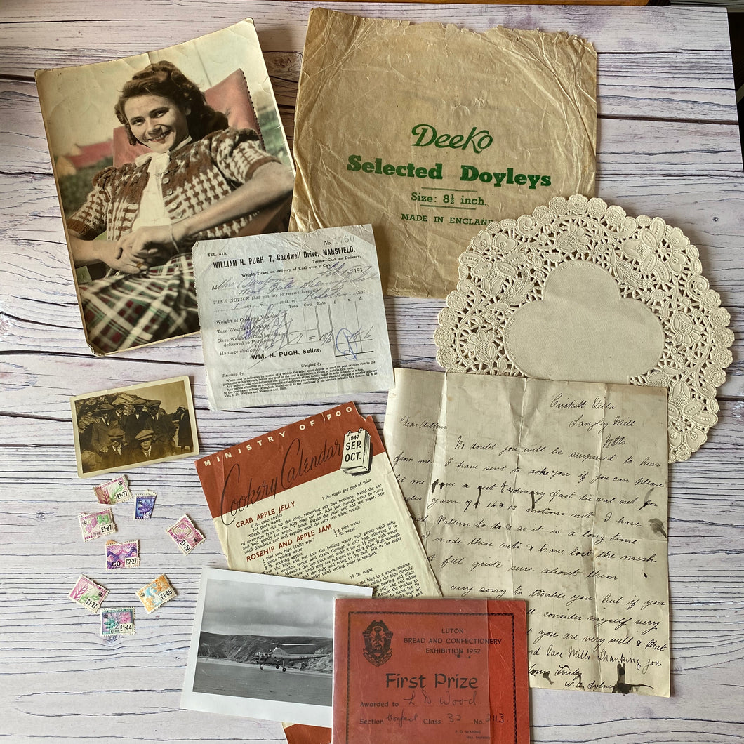 Vintage ephemera selection - 1905 letter, photos, national insurance stamps, doilies, ministry of food...