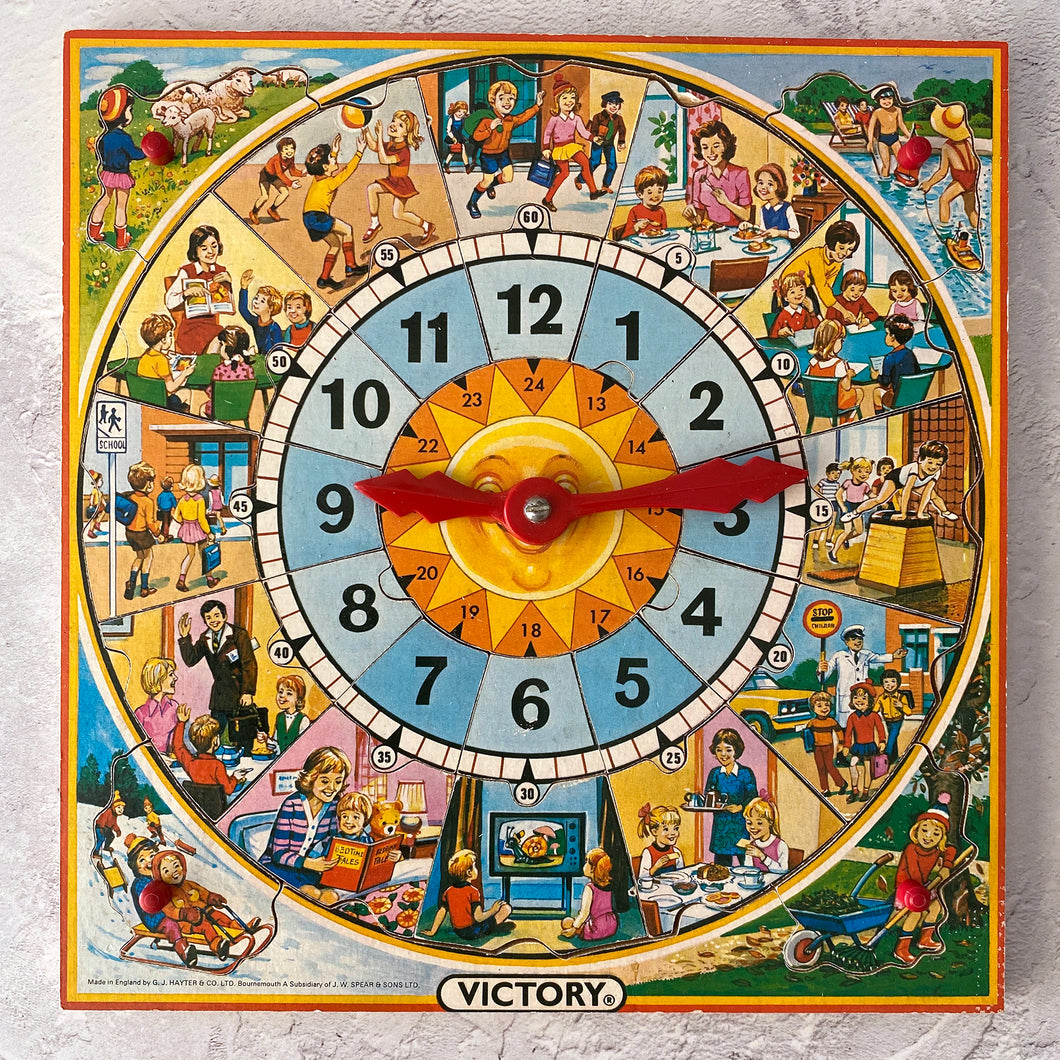 Vintage jigsaw puzzle time teacher clock by Victory (plywood) 3-5 year old