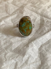 Load image into Gallery viewer, Turquoise ring Sz 7.75