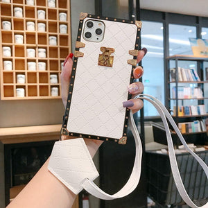 "Samsung Case ""White Leather Lanyard"""