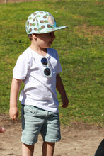 Load image into Gallery viewer, snapback kids sun hat, aqua pineapple ,cubs & co.