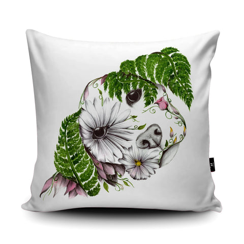 Daisy Cushion by Kat Baxter