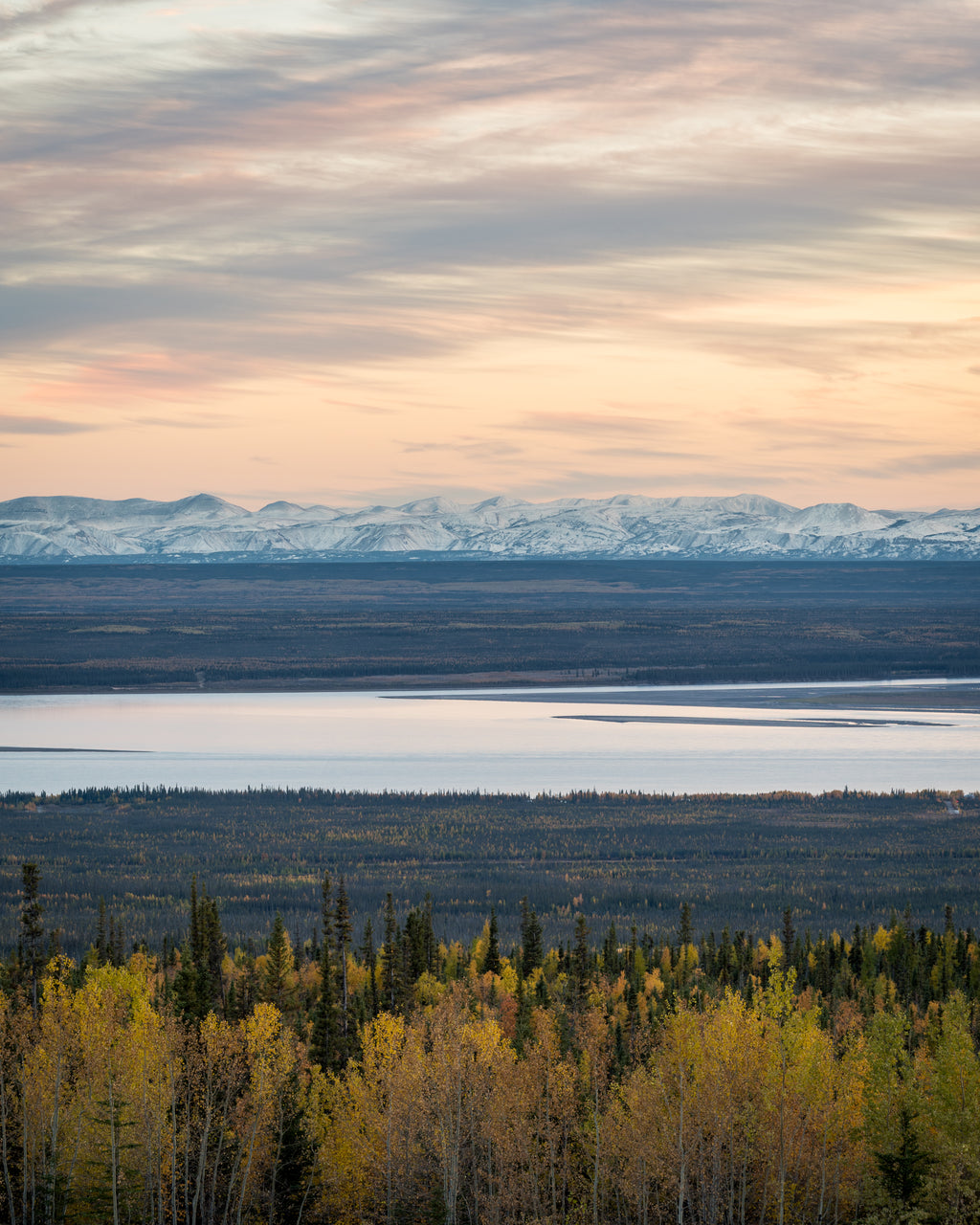 Mackenzie River Valley near Norman Wells during autumn colours