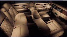 Load image into Gallery viewer, 3 Passenger Lincoln Executive L-Series Town Car - NY Wine Tours