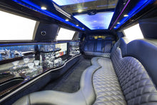 Load image into Gallery viewer, 10 Passenger Lincoln Continental Limousine - NY Wine Tours