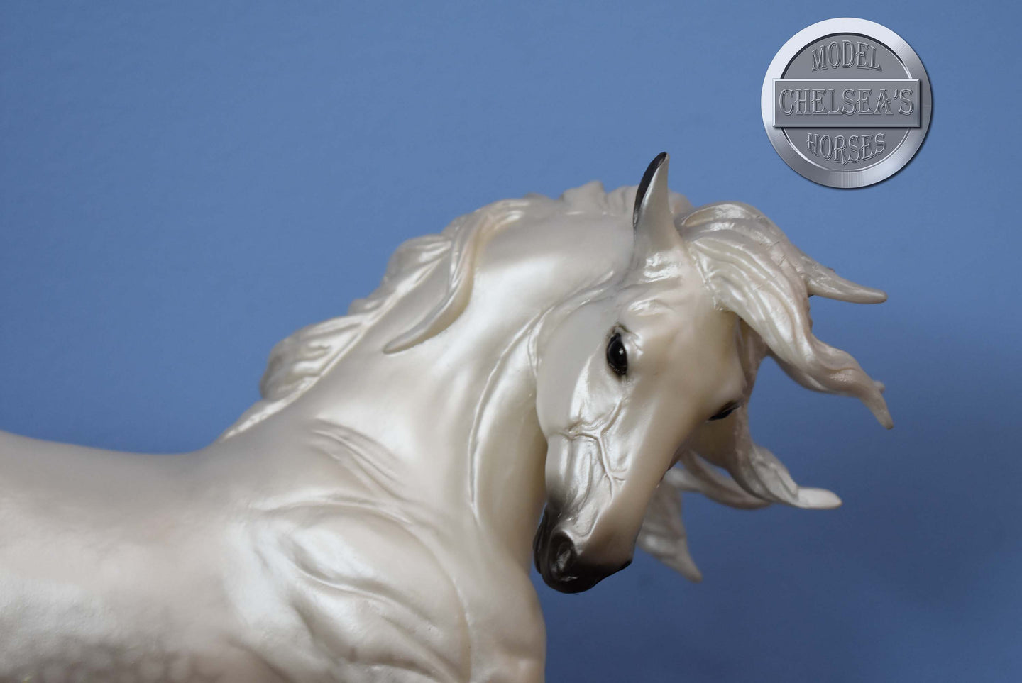 Hidalgo-Paint Mustang-Silver Mold-Breyer Traditional