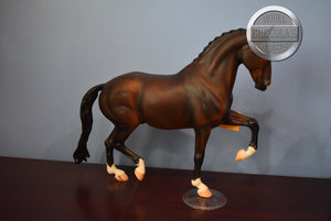 Storm-Sears Exclusive-Glossy Five Gaiter-Breyer Traditional