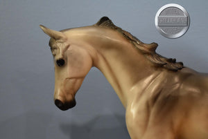 Sarafina-Walmart Unicorn-New in Box-Breyer Classic