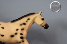 Load image into Gallery viewer, Overo Stock Horse Foal-Breyer Traditional