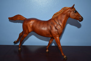 Theodore O Conner-Phar Lap Mold-Breyer Traditional