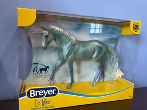 Le Mer Unicorn of the Sea-Breyer Classic-New for 2021