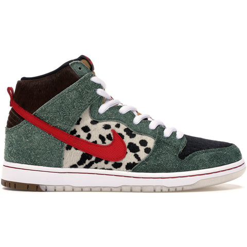 "Nike Dunk High SB ""Walk The Dog"""