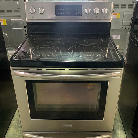 "Scratch and Dent: Frigidaire Gallery 30"" Electric Range"