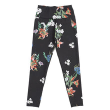 Load image into Gallery viewer, Black Floral Sports Leggings
