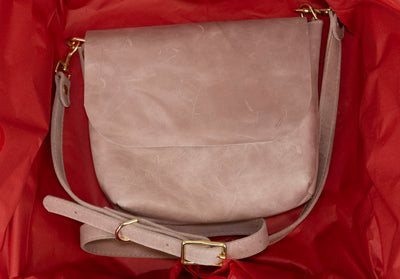 Best Valentine's Gift for Her 2021: Blush Crossbody Tote