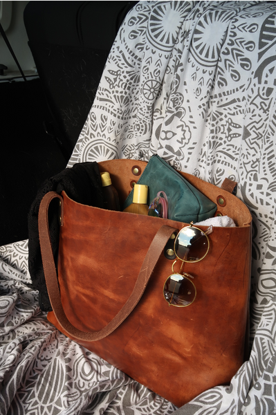 Kerry Noël luxury leather handbags are crafted from the highest quality durable leather, so your bag will have no problem holding all of your family essentials.