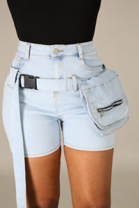 Buckled up shorts