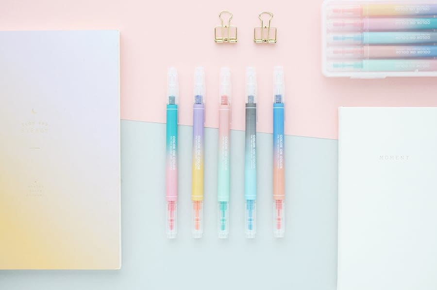Color on Color Twin Highlighter Pen Set