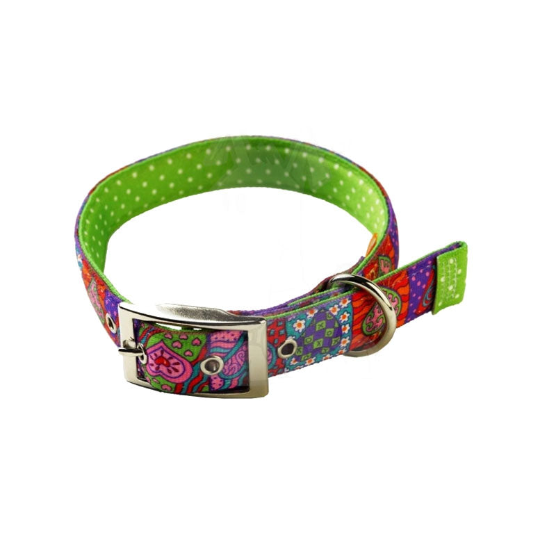 Yellow Dog Design Uptown Crazy Hearts On Green Polka Dog Collar