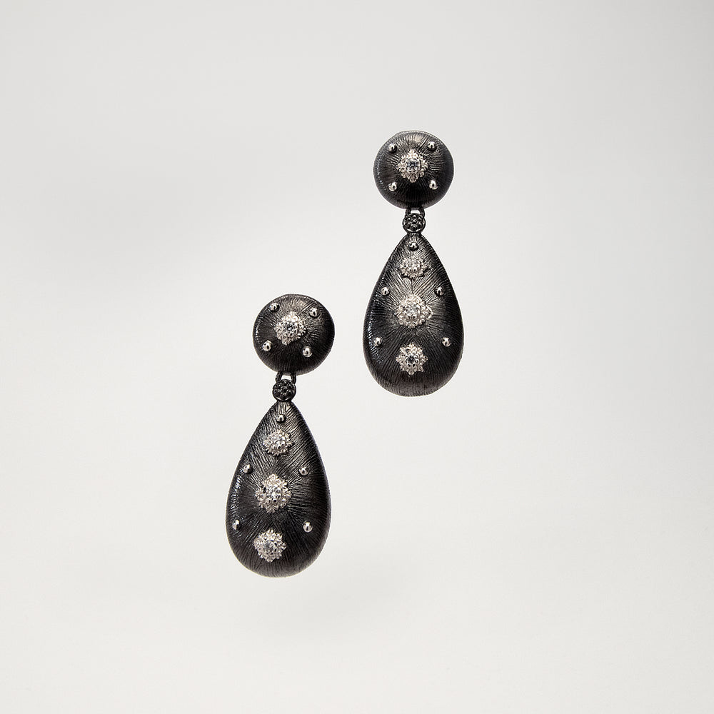 Load image into Gallery viewer, Tear Drop Post Earrings