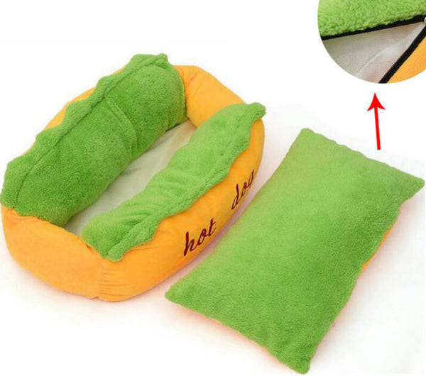 Adorable 'Hot Dog' Bed For Your Precious Pooch!