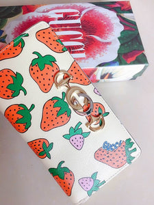 Gucci Zumi Strawberry print wallet bag - Haim Place