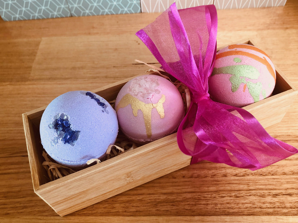 Teacher / Birthday / Christmas Bath Bomb Gift Hamper 5