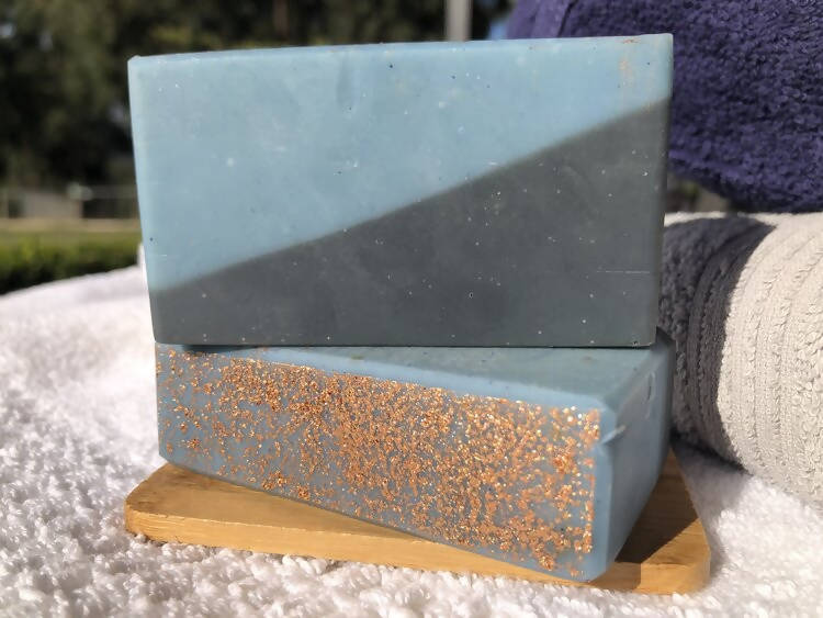 Load image into Gallery viewer, Handmade Eucalyptus Goat Milk Soap (Antibacterial)