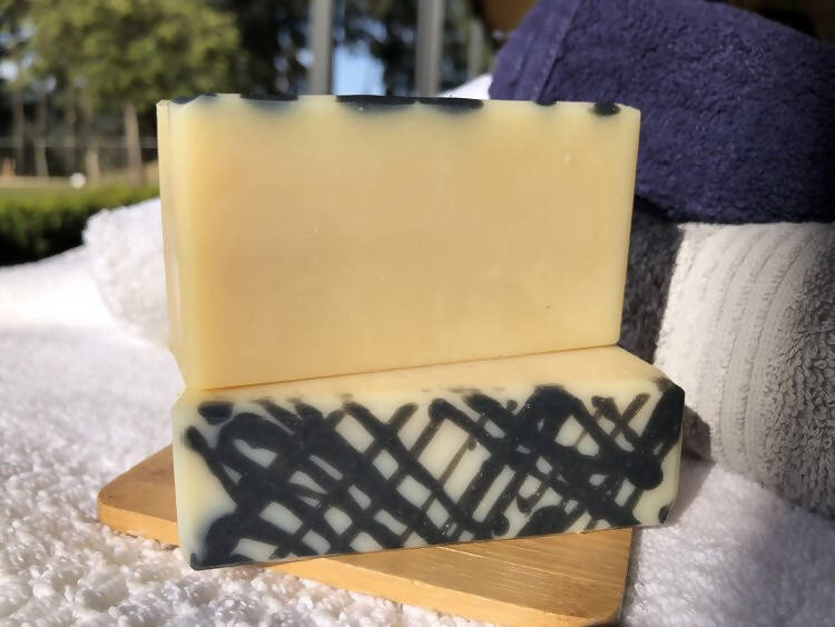 Load image into Gallery viewer, Handmade Plain Goat Milk Soap