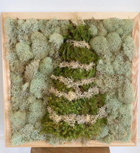 Load image into Gallery viewer, Holiday Mossy Decor