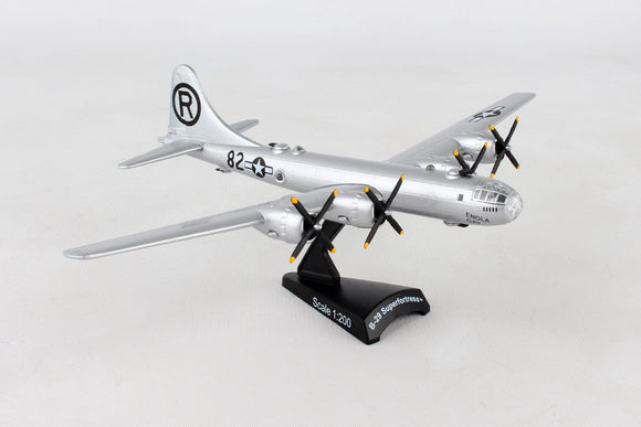 PS5388  POSTAGE STAMP B-29 USAF SUPERFORTRESS 1/200 ENOLA GAY - postagestampairplanes.com