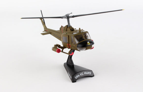 PS5601 POSTAGE STAMP UH-1C US ARMY HUEY GUNSHIP 1ST CAVALRY DIVISION - postagestampairplanes.com