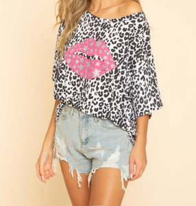 Lips on Leopard