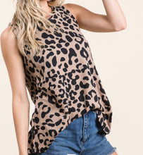 Load image into Gallery viewer, Leopard sleeveless tank