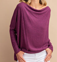 Load image into Gallery viewer, Off the shoulder tunic top