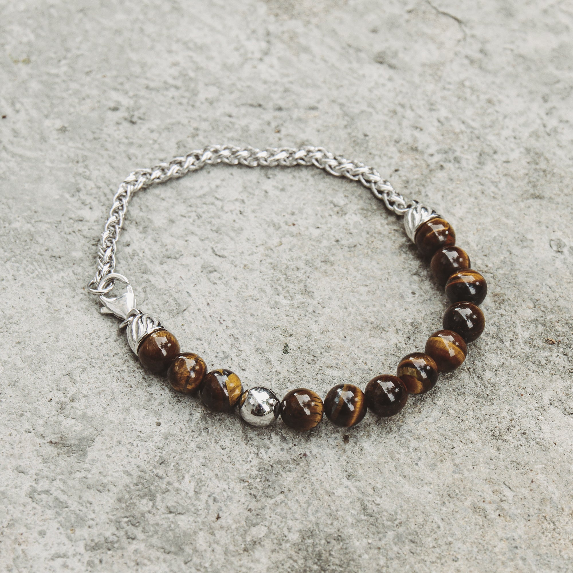 VAN | Woven Chain Bracelet with Tiger Eye Beads