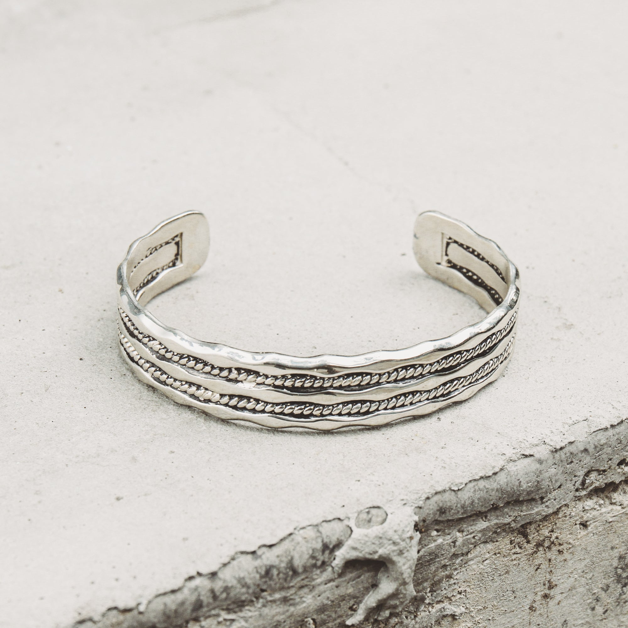 WAVE | Rhodium Plated Wavy Cuff Bracelet with Wave Detail