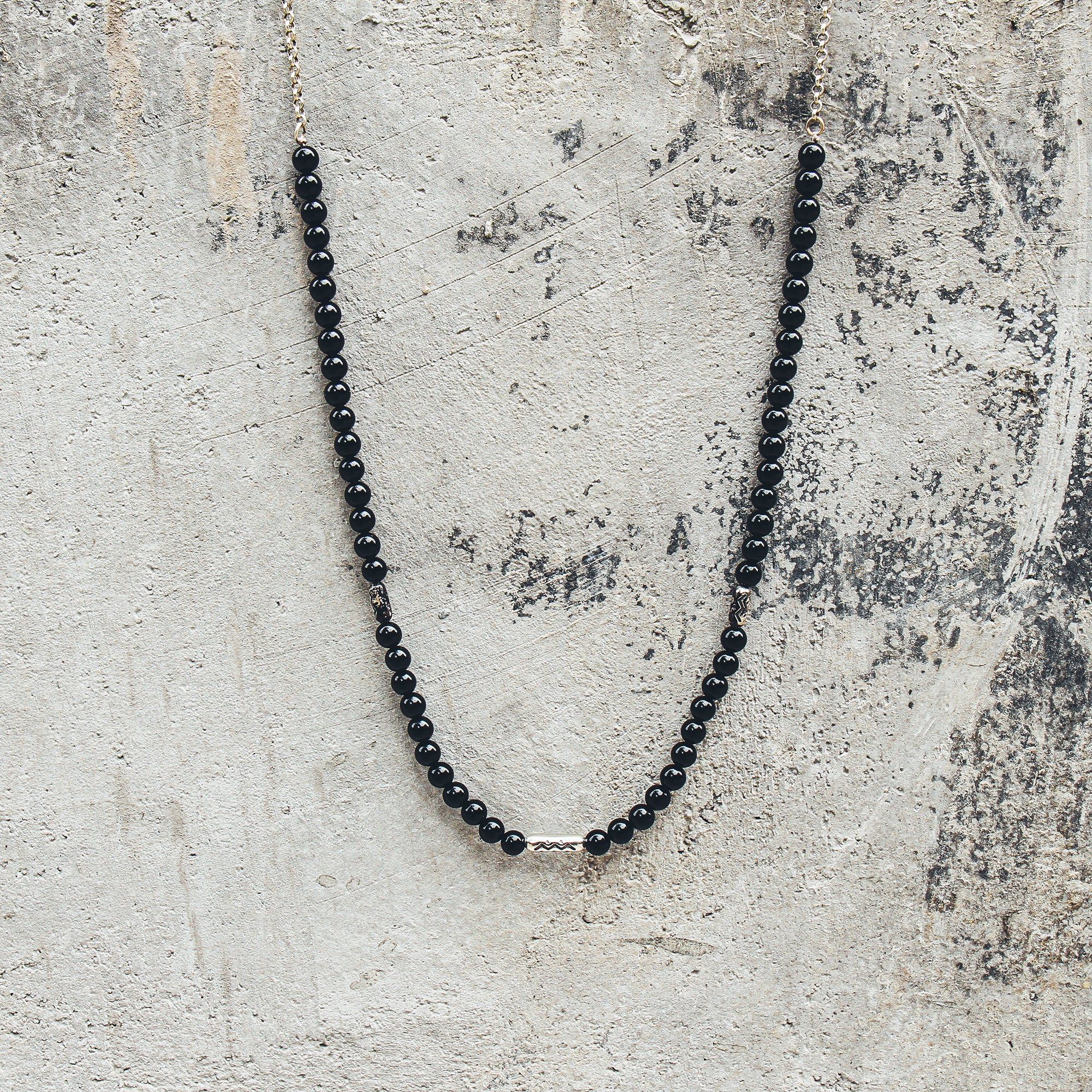 MANDERE | Black Agate and Silver Beaded Necklace