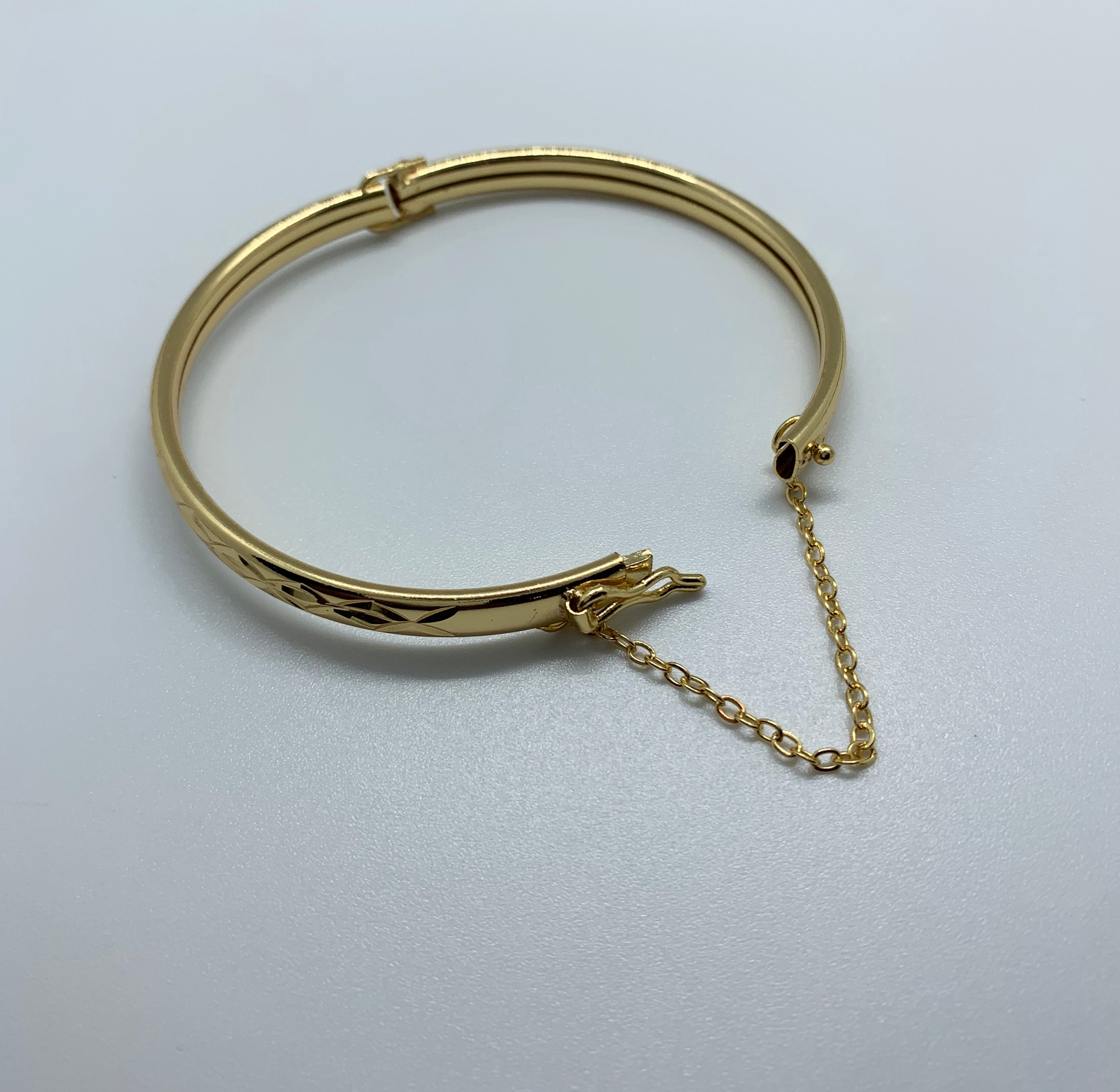 Diamond Cut Bangle