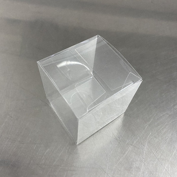 clear plastic macaron box, fits 2 macarons
