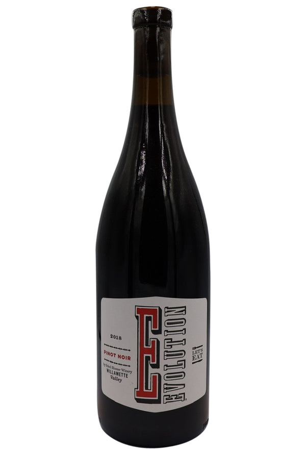 18 Evolution Pinot Noir - Sokol Blosser, Oregon