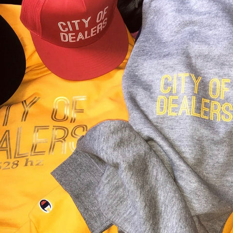 City of Dealers Outfit Snapback Hat & Champion Sweater