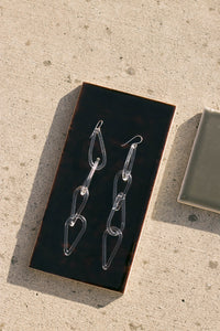 Jane D'Arensbourg | Clear Tear Drop Chain Glass Earrings
