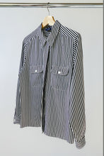 Load image into Gallery viewer, Striped Relaxed Blouse (M)