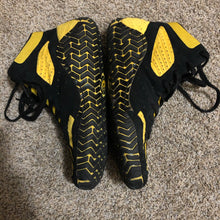 Load image into Gallery viewer, Yellow Asics Aggressor Wrestling Shoes
