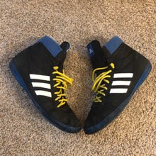 Load image into Gallery viewer, Adidas Blue Combat Speed 4 Wrestling Shoes
