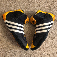Load image into Gallery viewer, Adidas Sydney 2000 EQT Wrestling Shoes