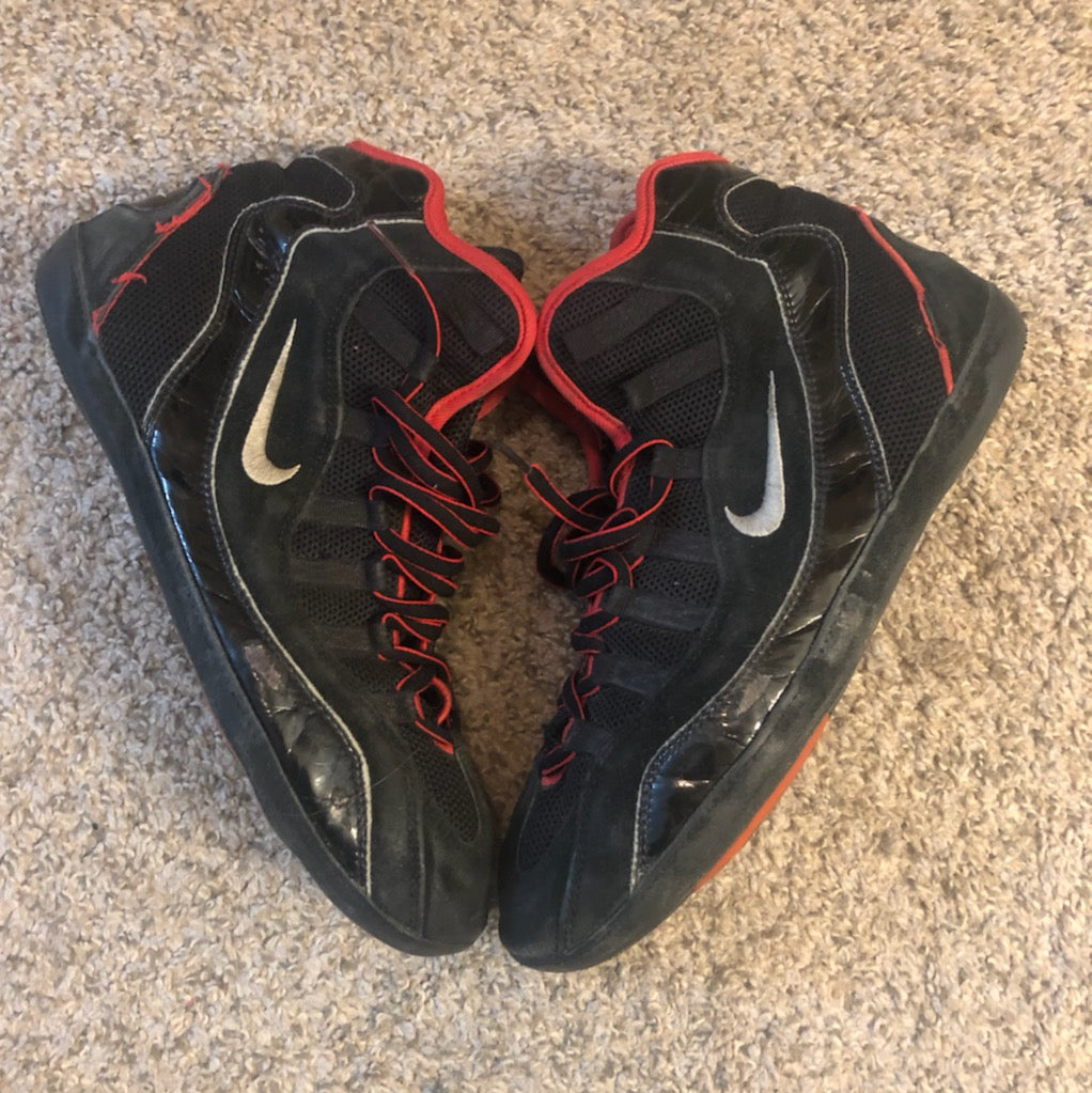 1995 red and black nike takedown supreme wrestling shoes