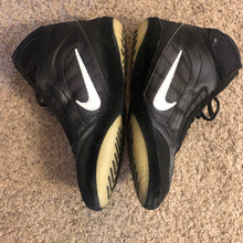 Load image into Gallery viewer, Nike Kolat 2k4 Wrestling Shoes